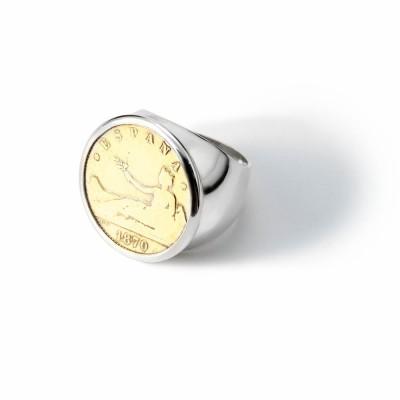 Anillo Sello con moneda 1 peseta. Plata de Ley bañado en oro 18k.