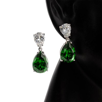 Pendientes de Zirconia de color verde y diamante