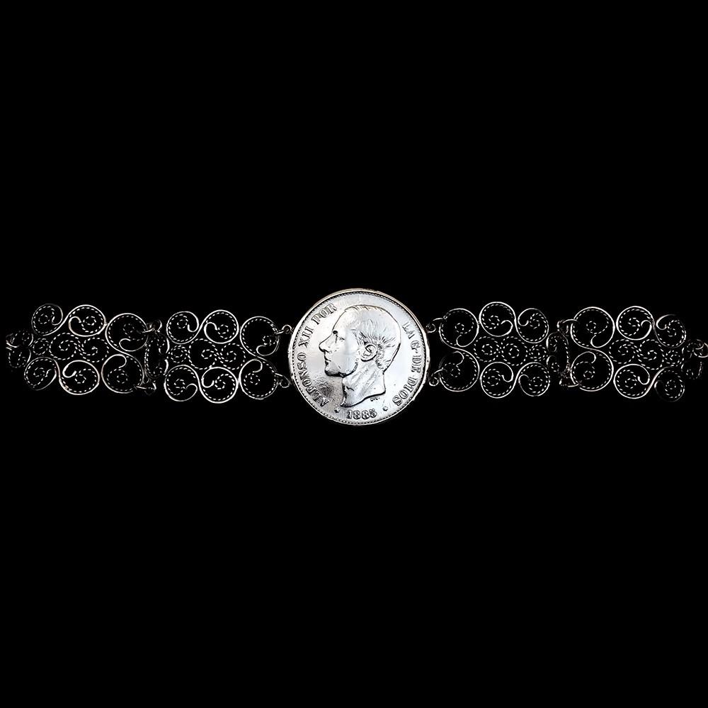 5ce2135a8d8a Pulsera de Filigrana artesanal hecha a mano. Moneda Antigua Alfonso XII.  Plata de primera ley envejersida.