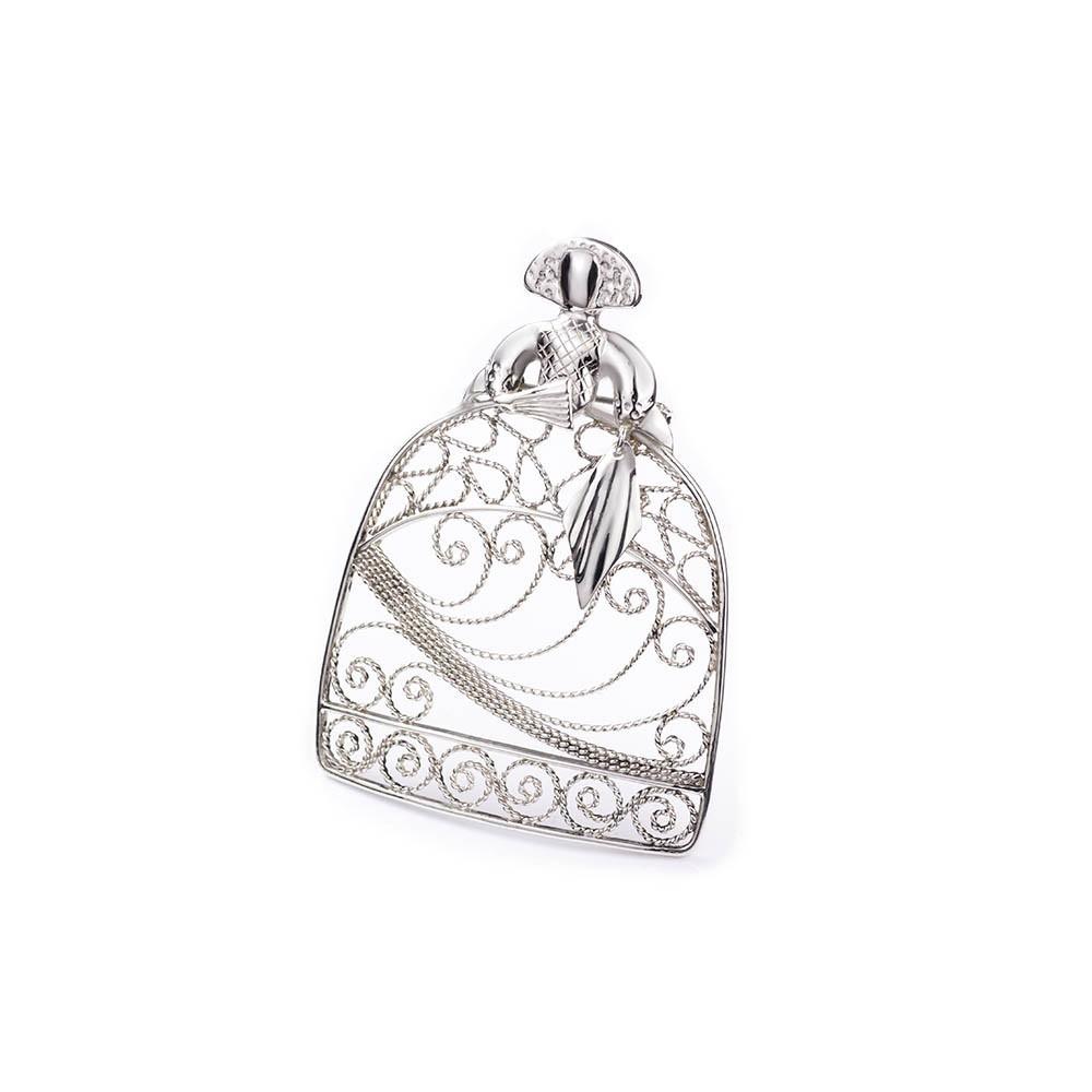 450c10dd0fe33 Broche Menina en plata de primera ley de Filigrana artesanal. MiJoyita